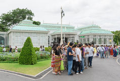 BANGKOK, THAILAND - 21. Juli 2015: Menge von Touristen im Anant Stockfotografie