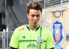 BANGKOK THAILAND-JUN 28: Fc för Charyl Chappuis spelaresuphanburi Arkivfoto