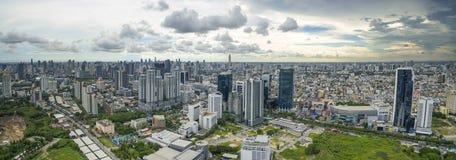 BANGKOK THAILAND - JUNE6,2017: flyg- sikt av modern byggnad a Fotografering för Bildbyråer