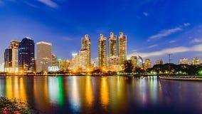 Bangkok, Thailand 3. Juni 2017: Bangkok-Stadtskyline und -büro lizenzfreie stockfotografie