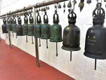 Bangkok, Thailand-Juni 24,2018 Bell rudern im Tempel lizenzfreie stockbilder