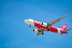 BANGKOK, THAILAND - JUNI 1, 2015: Hs-BBO Luchtbus A320-216 van Thai Stock Foto