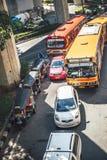 Bangkok, Thailand - 15. Juni 2015: Stau in einer Hauptallee Stockfoto