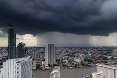 BANGKOK THAILAND 2016 JUNI 11; Stormdag i Bangkok Thailand 20 Fotografering för Bildbyråer