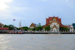 Bangkok, Thailand - 2. JUNI 2017: Wat Rakang, thailändischer Tempel an r Stockfotos