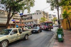 Bangkok, Thailand - 2. März 2017: Ansicht des Verkehrs rot und grün Lizenzfreie Stockfotografie