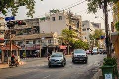 Bangkok, Thailand - 2. März 2017: Ansicht des Verkehrs rot und grün Stockbilder