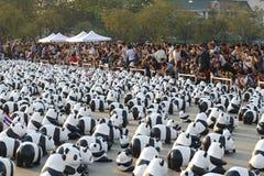 Bangkok, Thailand - 4. März 2016: Ausstellung des Papier-mache 1.600 Pandas gestaltet Welttournee-Ausstellung an der königlichen  Stockbild