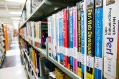 BANGKOK, THAILAND - 18. MÄRZ 2017: Viele Bücher wurden an vereinbart Lizenzfreies Stockfoto