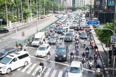 BANGKOK, THAILAND - 22. MAI 2018: Bangkok-Verkehr auf Sukumvit R Lizenzfreie Stockfotos
