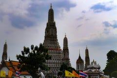 Bangkok, Thailand - 18. Mai 2019: Wat Arun, am Ort bekannt als Wat Chaeng, wird auf der West-Thonburi-Bank Chao Phrays aufgestell lizenzfreies stockbild