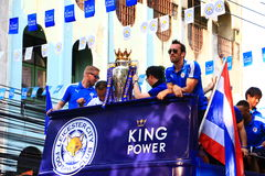 Bangkok THAILAND - Maj 19, 2016: Den Leicester staden ankommer i Bangkok till hjältar på den Sukhumvit vägen i Maj 19, 2016 bangk Royaltyfri Fotografi