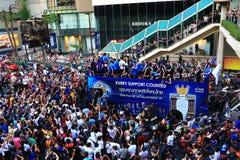 Bangkok THAILAND - Maj 19, 2016: Den Leicester staden ankommer i Bangkok till hjältar på den Sukhumvit vägen i Maj 19, 2016 bangk Royaltyfria Foton