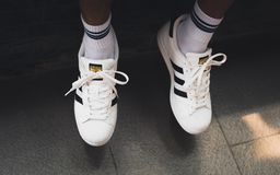 Pautas Australia calibre  White Adidas Superstar Sneakers On Men`s Feet Editorial Photography - Image  of lifestyle, brand: 162099667
