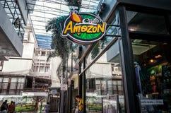BANGKOK, THAILAND - MEI 02: De Koffie van Amazonië dient klanten in Vajira Hosipital in Bangkok op 02 Mei, 2019 royalty-vrije stock afbeelding