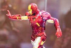 Bangkok, Thailand - Mei 6, 2017: Het karakter van Iron Man of Tony Stark modelleert in Wrekersfilm op vertoning bij Centrale Were stock foto's