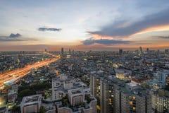 Bangkok Thailand - November 14, 2016: Bangkok flyg- sikt, Chalerm Maha Nakhon Expressway Arkivfoton