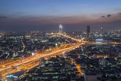 Bangkok, Thailand - 14. November 2016: Bangkok-Vogelperspektive, Chalerm Maha Nakhon Expressway Stockbilder