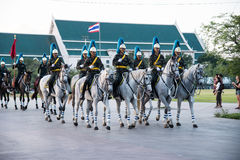 Bangkok Thailand 27. November der königliche Schutz vom königlichen thailändischen bewaffneten Lizenzfreies Stockfoto