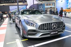 Bangkok Thailand - November 30, 2018: Mercedes Benz Modified bilshow på den MOTORISKA EXPON för Thailand internationella motorexp arkivbild
