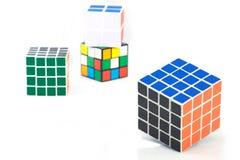 Bangkok, Thailand - 11. November 2017: Rubik-` s Würfel für Gehirn tr Lizenzfreie Stockfotos