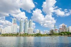 BANGKOK THAILAND - November, 12 2016: Stadtbildansicht von buildin Stockbilder
