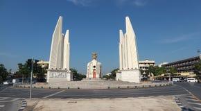Democracy Monument, a Bangkok landmark. BANGKOK, THAILAND - NOVEMBER 25, 2018: View of Democracy Monument, a Bangkok landmark, in Phra Nakhon district on stock images