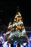 BANGKOK, THAILAND - NOVEMBER 21, 2017: Vrolijke Kerstmis en Gelukkig Stock Foto's