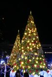 BANGKOK, THAILAND - NOVEMBER 21, 2017: Vrolijke Kerstmis en Gelukkig Stock Foto