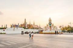 BANGKOK-THAILAND, O 28 DE DEZEMBRO: Templo grande do palácio, marcos de Banguecoque o 28 de dezembro de 2015, Banguecoque, Tailân Imagens de Stock Royalty Free