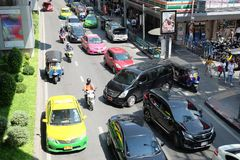Bangkok, Thailand - 4 Oct 2018: Opstopping in de stad, Siam Square stock foto's