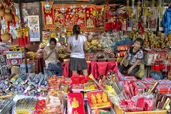BANGKOK, THAILAND-OCTOBER 26TH 2013: A stall selling Chinese kni Stock Images