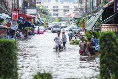 BANGKOK, THAILAND - OCTOBER 14 : Flooding in Din Daeng District. After the heaviest rains in 20 years in Bangkok on October 14, 2017 Stock Image
