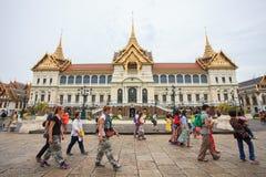 BANGKOK THAILAND OCTOBER 3-tourist walking pass in front of  Chakri Maha Prasat Royalty Free Stock Image