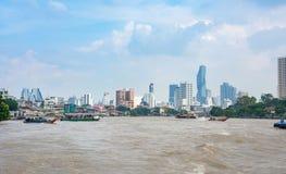 BANGKOK THAILAND - OKTOBER 14, 2016: Bangkok cityscape från Arkivfoto