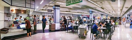 BANGKOK, THAILAND - OKTOBER 28: De zaken vertragen in het voedsel royalty-vrije stock foto's