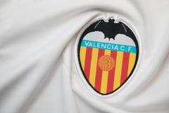 BANGKOK THAILAND - OKTOBER 18: Logoen av Valencia fotbollcl Arkivfoton