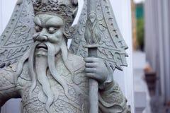 BANGKOK, THAILAND 2013 am 8. Oktober, Statue im Tempel komplexer Wat Phra, Bangkok Thailand Stockfotografie