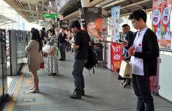 Bangkok, Thailand: Passengers at Sala Daeng BTS Station Stock Photography