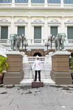 BANGKOK THAILAND 25 SEPTEMBER, 2016: Tribunes van een de Thaise Legermilitair Stock Foto
