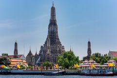 Bangkok, Thailand, Wat Arun för mars 2013 tempel och torn royaltyfria foton
