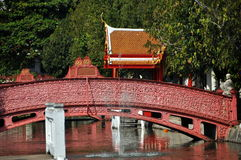 Bangkok, Thailand: Wat Benchamabophit Bridge Royalty Free Stock Image