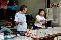 Bangkok, Thaland: Couple Selling Lottery Tickets Stock Photography