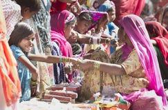 Bangles хранят в ярмарке Стоковые Изображения