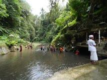 Bangli, Indonésie-septembre 20,2017 : Rituel de purification chez Pura Tirta Sudamala, Bangli, Bali photo stock