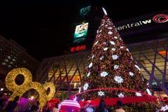 BANGUECOQUE - 4 DE DEZEMBRO: Árvore de X'mas no mundo central o 4 de dezembro de 2015 C Foto de Stock