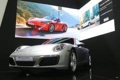 Banguecoque - 31 de março: Carrera de Porsche 911 no carro branco na 37th exposição automóvel internacional 2016 de Banguecoque T Imagens de Stock Royalty Free
