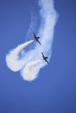 A equipe acrobática do jato de Breitling da equipe executa Fotos de Stock