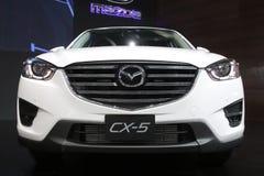 Banguecoque - 31 de março: Mazda CX-5 no carro branco na 37th exposição automóvel internacional 2016 de Banguecoque Tailândia o 2 Imagem de Stock Royalty Free
