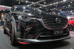 Banguecoque - 31 de março: Mazda CX-3 no carro preto na 37th exposição automóvel internacional 2016 de Banguecoque Tailândia o 26 Imagens de Stock Royalty Free